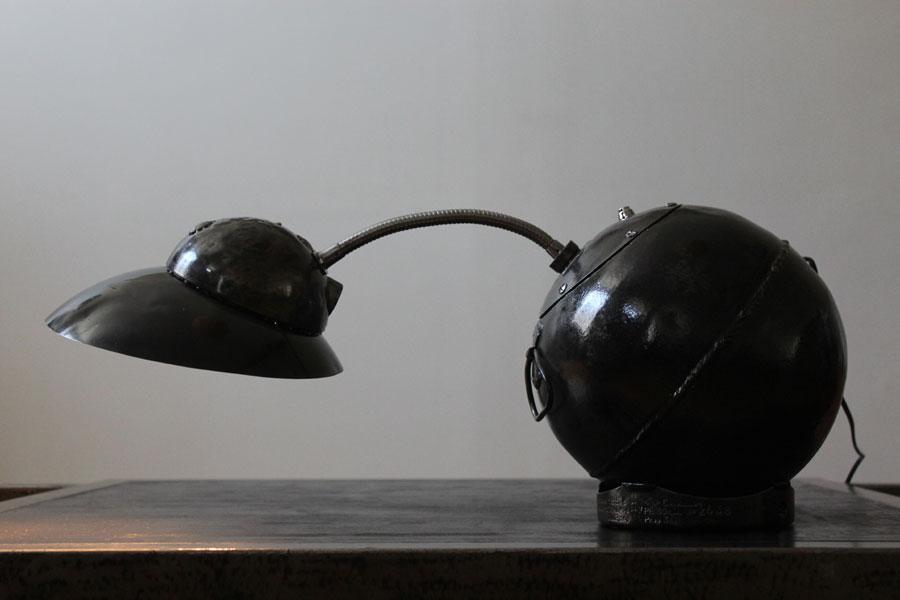 lampe culbuto a gaz. Black Bedroom Furniture Sets. Home Design Ideas